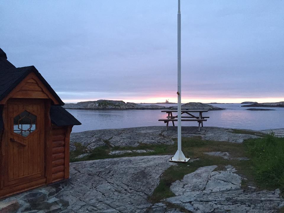Averoy-norsko-more-rybareni-chata